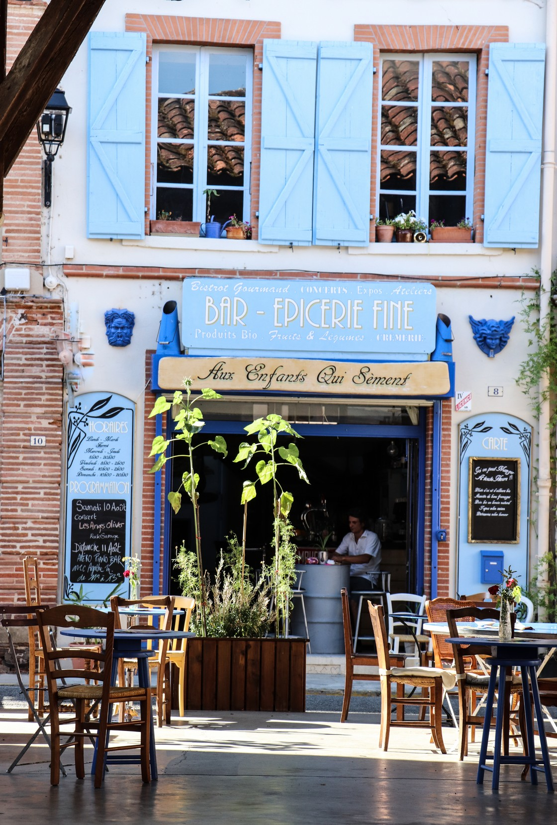 Rieux Volvestre Aux enfants qui sement restaurant Village à visiter Haute-Garonne