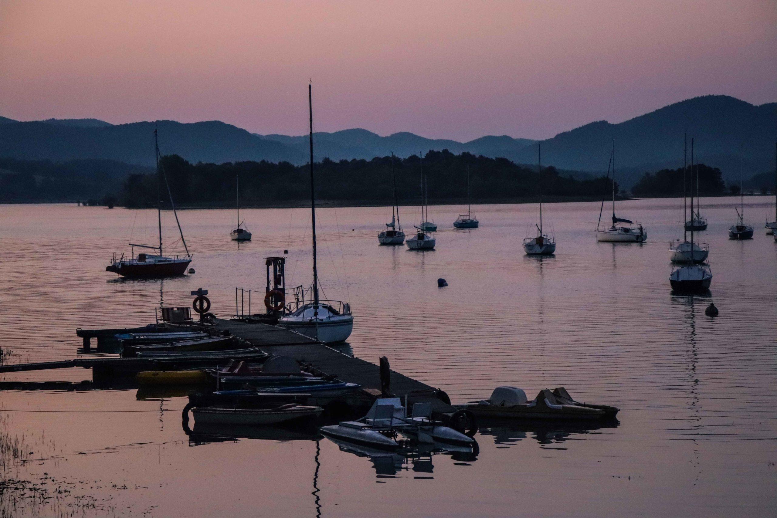 lac de Montbel lever de soleil Ariège