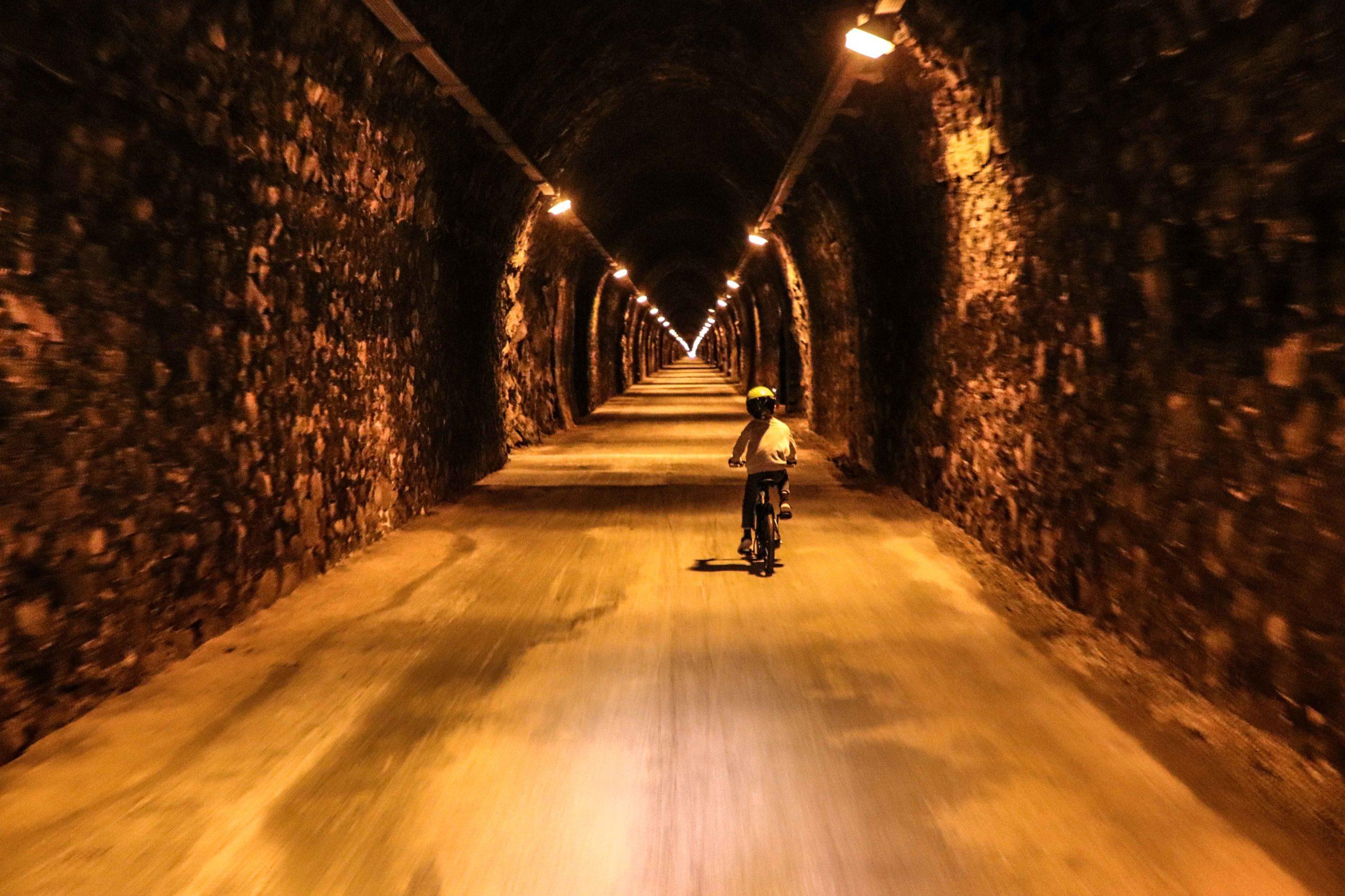 Tunnel des Bois Clairs - Voie verte 71 - vélo famille - Saône-et-Loire