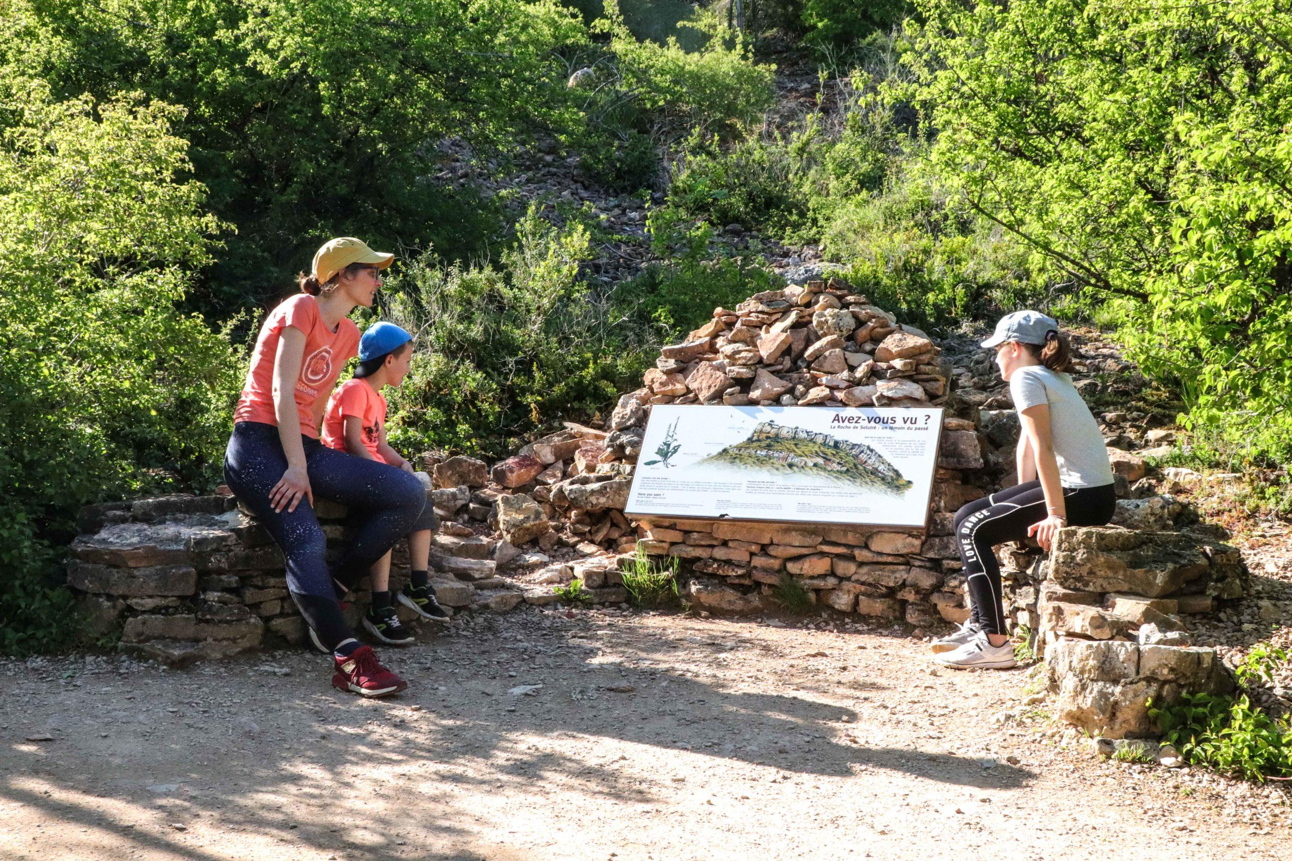 La roche de Solutré - week-end famille - Saône-et-Loire en famille - Blog